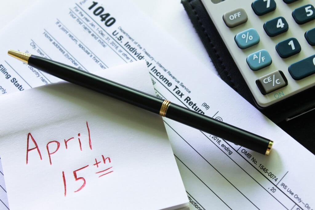 What You Should Know About Paying Taxes on Your Side Gig